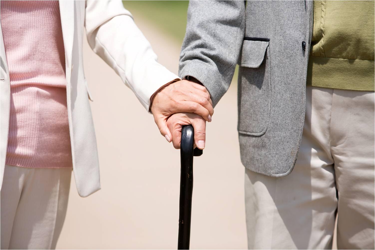 노후에도 알콩달콩 신혼같은 부부생활을 하려면?
