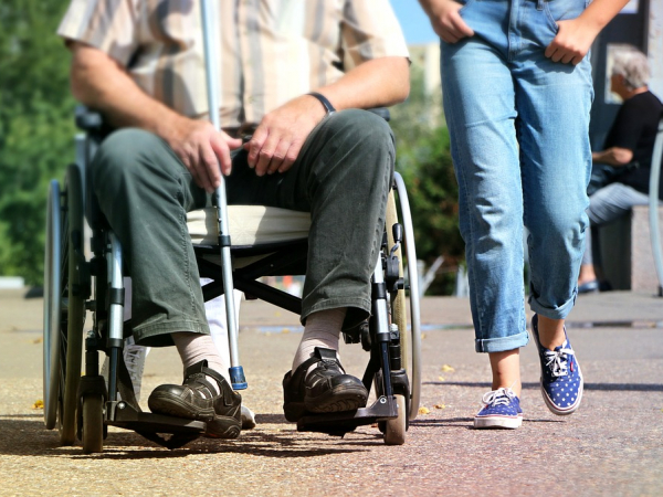장애인 돌봄 서비스 관련 이미지